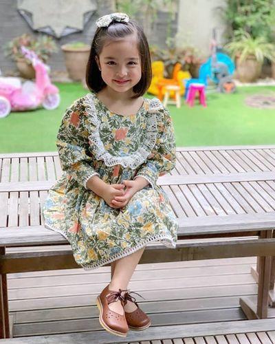 """Mê mẩn với nhan sắc trời cho của con gái mỹ nhân đẹp nhất Philippines, mới 5 tuổi cát-xê đã """"vượt mặt"""" mẹ - ảnh 1"""