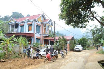 Tậu nhà lầu, xe hơi từ trồng cam, cả làng nhan nhản tỷ phú - ảnh 1