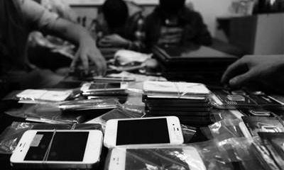 Phát hiện cơ sở sản xuất iPhone giả số lượng lớn ở Trung Quốc