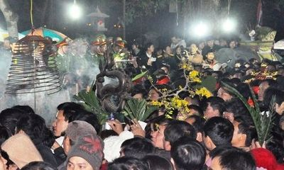 Lễ hội đền Trần phát ấn sớm hơn mọi năm