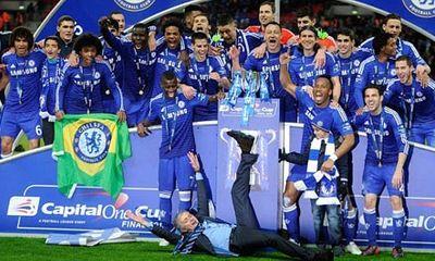 Chelsea đăng quang League Cup, Mourinho