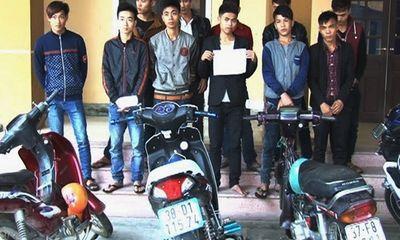 Thanh niên thôn đuổi đánh nhau gây náo loạn vì đòi nợ