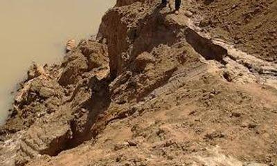 """Đắk Lắk: Sông trơ đáy vì """"cát tặc"""" lộng hành"""
