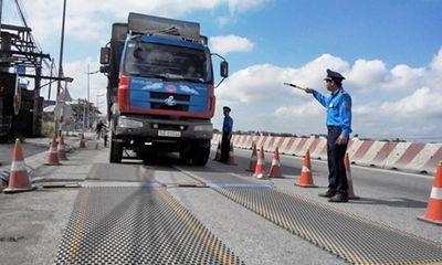 Khởi tố tài xế xe quá tải: Mức phạt đủ nghiêm hay quá nặng?