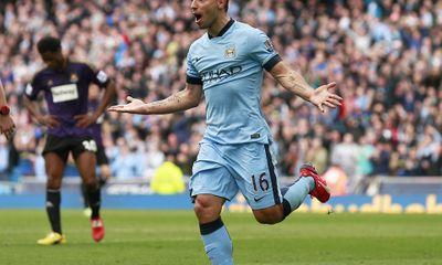 Man City 2-0 West Ham: M.U, hãy đợi đấy!