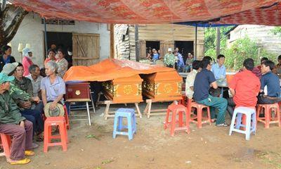 Ba người trong gia đình thiệt mạng vì bị cây đè khi trú mưa