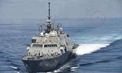 Tàu tên lửa Trung Quốc bám theo chiến hạm Mỹ gần Trường Sa