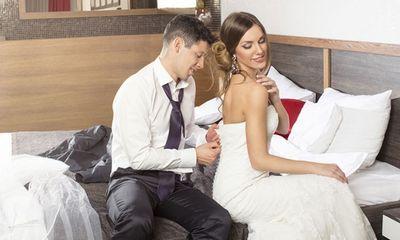 Đêm tân hôn có thể làm gì khác ngoài chuyện yêu?