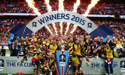 Arsenal cùng Wenger đánh bại M.U, Ferguson thành Vua ở Cúp FA