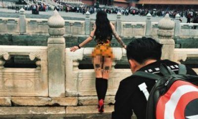 Người mẫu bị chỉ trích vì chụp ảnh khỏa thân ở Tử Cấm Thành