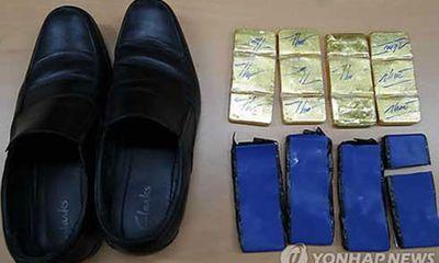 Án treo cho cơ trưởng Vietnam Airlines giấu vàng dưới đế giày