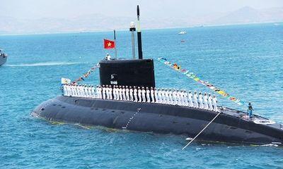 Tàu ngầm Kilo thứ 4 của Việt Nam đã về đến Vịnh Cam Ranh
