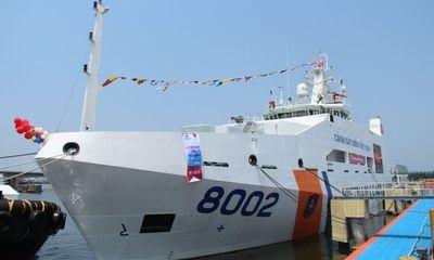 Cảnh sát biển Việt Nam nhận hai tàu tuần tra hiện đại