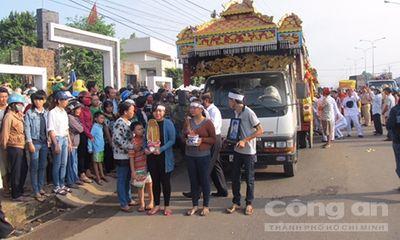 Nghẹn ngào đưa tiễn 6 nạn nhân vụ thảm sát tại Bình Phước