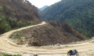 Nóng trong tuần - Đi bộ 6km để vào hiện trường vụ thảm sát 4 người ở Nghệ An