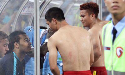 Phớt lờ Silva, Sterling, Công Phượng đổi áo với bạn cũ ở Man City