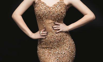Thanh Thảo kiêu sa, sang trọng với váy đính hàng ngàn viên pha lê