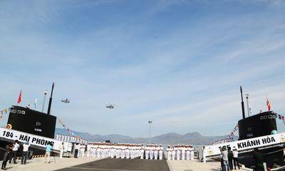 Lễ thượng cờ hai tàu ngầm Khánh Hòa và Hải Phòng
