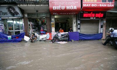 Tin tức mới nhất: 3 giờ tới, Hà Nội mưa rất to, nguy cơ ngập lụt cao