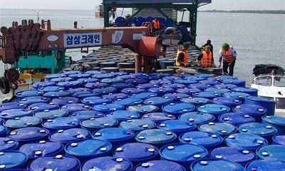 Tài nguyên - Chặn đứng vụ vận chuyển gần 200.000 lít dầu nhớt không giấy tờ trên biển