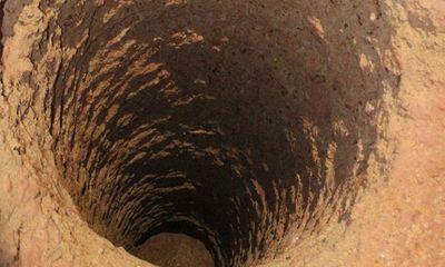 Làm rõ trách nhiệm vụ bé gái rơi xuống giếng khoan sâu 80m