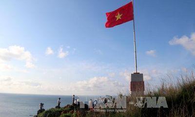Khánh thành Cột cờ Tổ quốc tại đảo Phú Quý