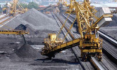 Thủ tướng chỉ thị tăng cường quản lý sản xuất, kinh doanh than