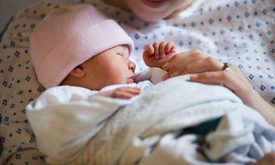 Nguyên nhân và cách phòng tránh sinh non