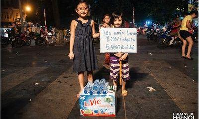 Bé gái Hà Nội học tỉ phú, tự đi bán nước lấy tiền học bơi