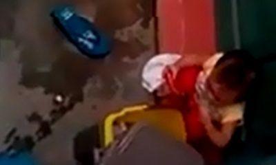 Vụ trẻ mầm non nhặt rác ăn: Hai cô giáo đã bị đình chỉ