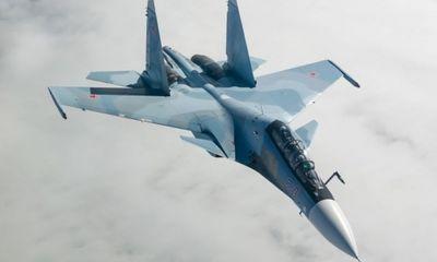 Nga giải thích lý do tiêm kích Su-30SM áp sát máy bay Mỹ