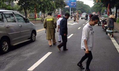 Huế: Người qua đường nơm nớp lo sợ vì
