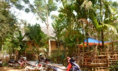 Nghệ An: Phát hiện nam thanh niên chết bên đường