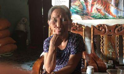 Cô bé nhiễm HIV 7 năm đến trường không có bảng điểm, học bạ
