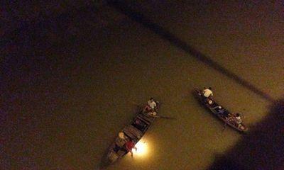 Cô gái bỏ lại xe máy trên cầu, nhảy sông tự tử vì buồn chán
