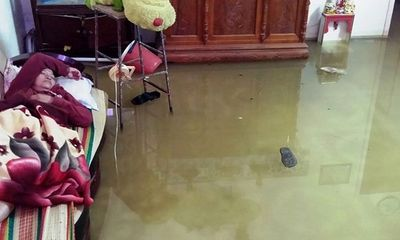 Hàng không hoãn chuyến, đường bộ tê liệt do mưa lớn tại TP Hồ Chí Minh