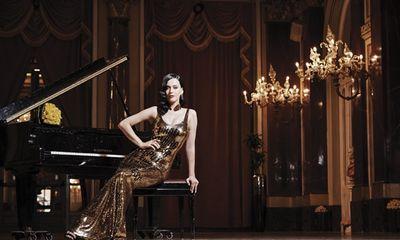Katy Perry là nghệ sĩ nữ thu nhập