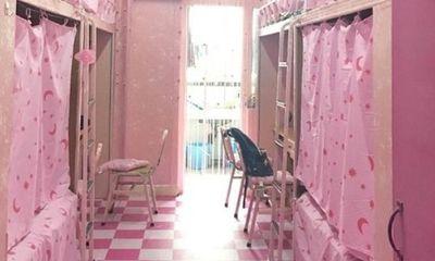 Ký túc xá toàn màu hồng của nhóm nam sinh hớp hồn dân mạng