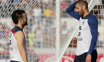 Karim Benzema cúi đầu nhận tội vụ tống tiền đồng đội, chuẩn bị đi tù