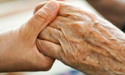Nghỉ hưu có được hưởng trợ cấp thất nghiệp không?