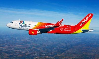 Hủy chuyến bay vì hành khách dùng hết bình ôxy