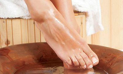 Sự thực việc phải tháo khớp vì ngâm chân nước nóng