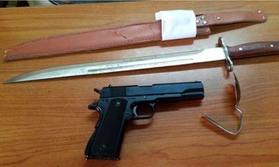 Vụ côn đồ mang súng, dao náo loạn bệnh viện: Đã xác định danh tính 3 đối tượng