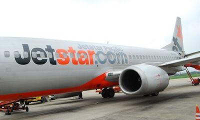 Các hãng hàng không rục rịch bán vé Tết