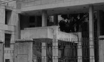 """Bí mật những ngôi nhà """"ma ám"""" đất Hà Thành"""