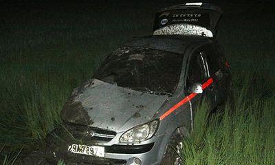 Tàu hỏa tông taxi khiến 1 người chết, 3 người bị thương