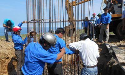 Xây dựng cột cờ chủ quyền trên đảo Lý Sơn