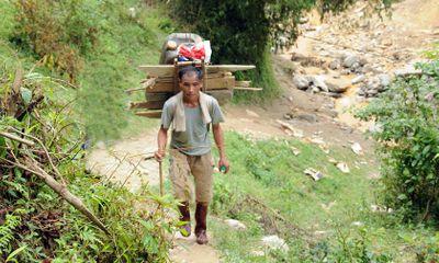 """Vụ sạt lở bãi vàng ở Lào Cai: Chính quyền """"ém"""" thông tin vì bất lực trước nạn """"vàng tặc"""" ?"""