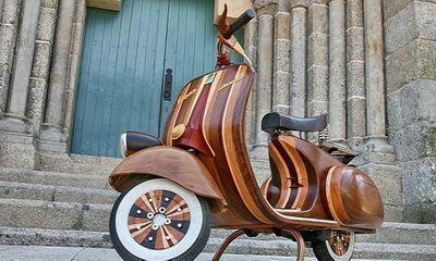 Chiêm ngưỡng siêu phẩm Vespa cổ bằng...gỗ