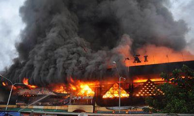 Cháy chợ, lực lượng chữa cháy ở đâu?